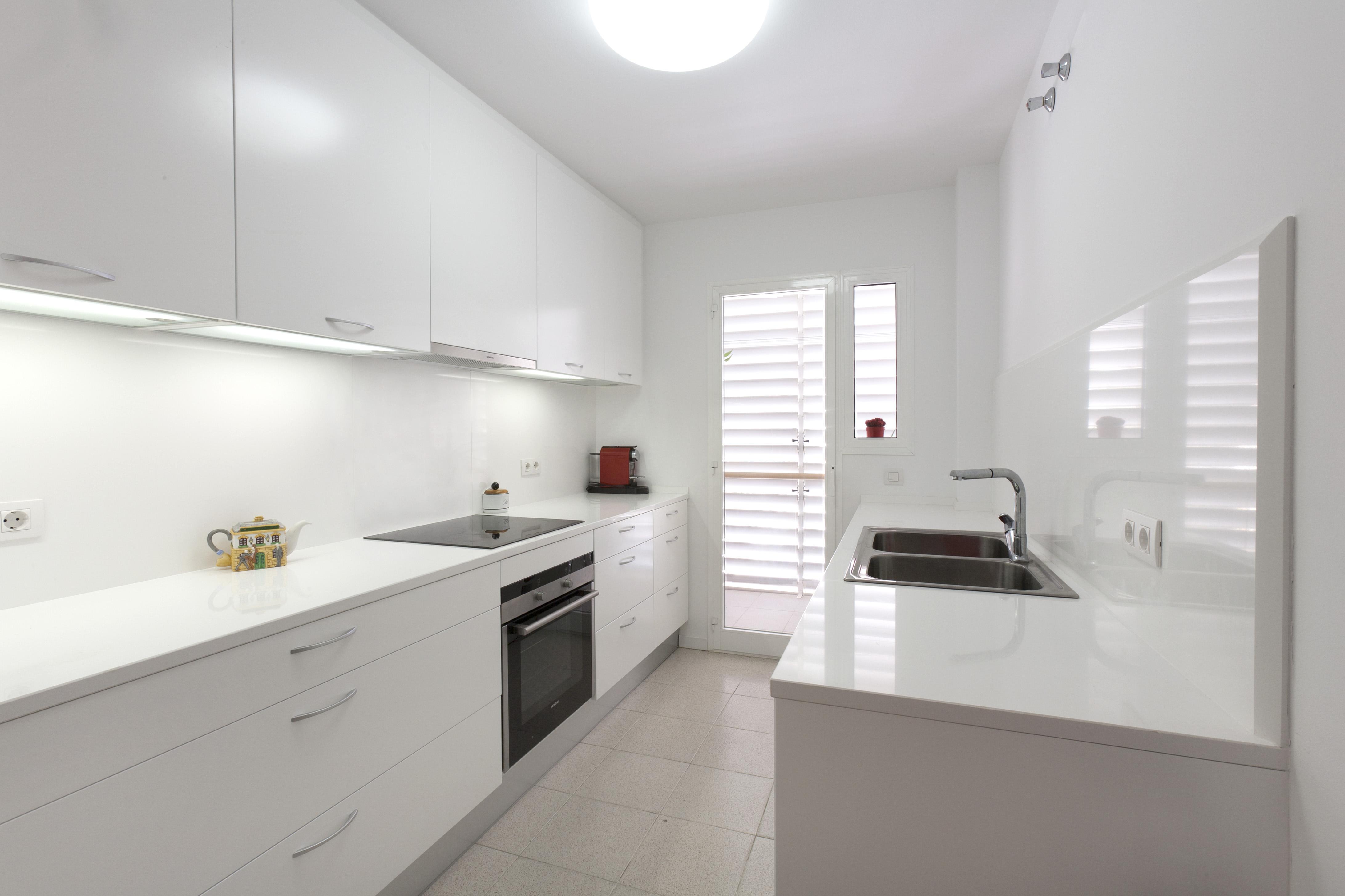 Escoger muebles multifuncionales para ganar espacio en el piso for Reformas de cocinas